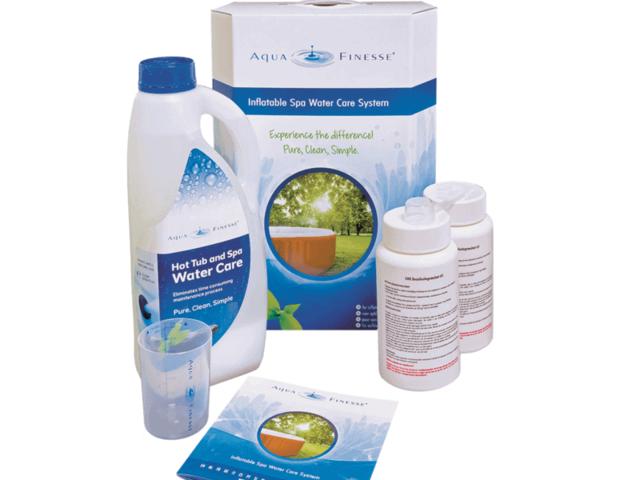 Aquafinesse wateronderhoud opblaasbare jacuzzi verpakking met aquafinesse en chloorchranulaat
